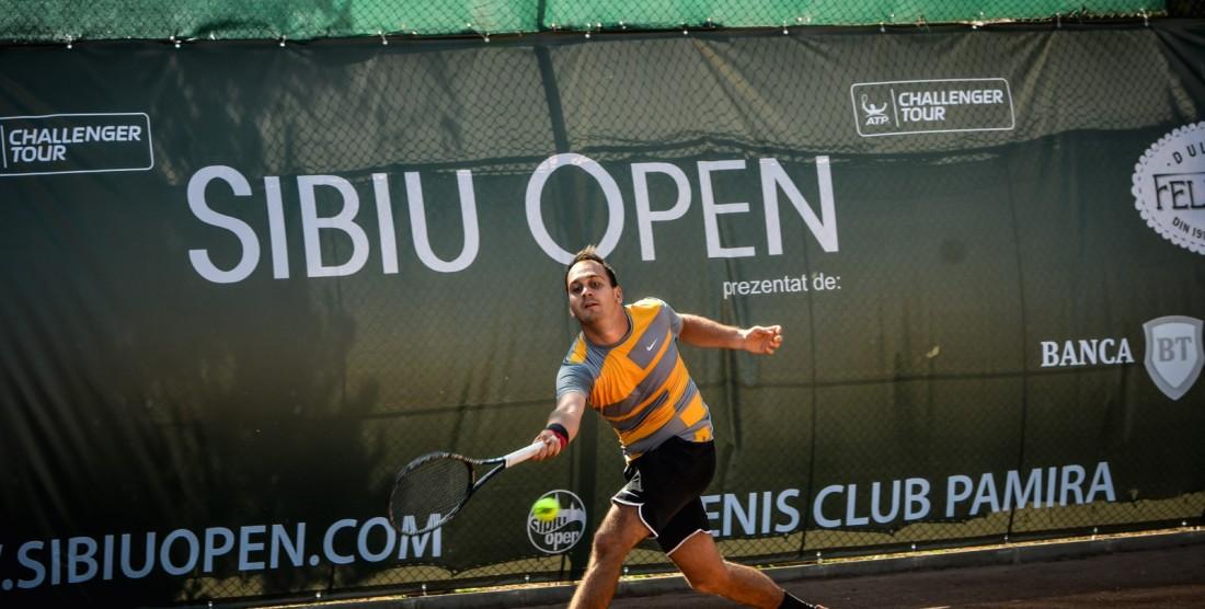 Începe turneul ce trimite un jucător direct pe tabloul Sibiu Open